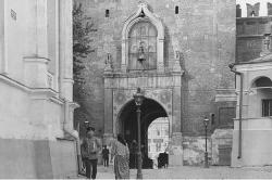 Спасские, Покровские, переделанные и виртуальные. Знаменитые ворота Москвы