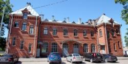 «Канонер» собрал старинные здания на железных дорогах Петербурга