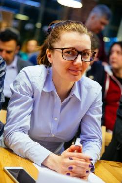 Вера Леонова