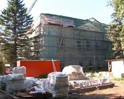 Архитекторы, художники и реставраторы трудятся над возрождением дома-усадьбы графини Орловой