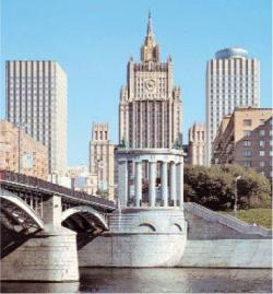 Московские высотки: подтягиваясь к современному стандарту