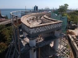 Ассоциация архитекторов Одессы: Минкульт неразрешал использовать бетон приреставрации Воронцовской колоннады
