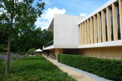 Stanton Williams. Здание Лаборатории Сэйнсбери в Кембридже, отмеченное Премией Стерлинга-2012. Фото: John Lord (yellowbookltd) via flickr.com. Лицензия Attribution 2.0 Generic (CC BY 2.0)
