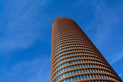 Башня Torre Sevilla