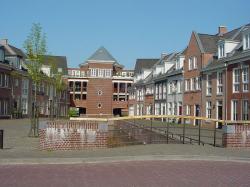 Часть «Де Весте» жилого района Брандеворт в городе Хелмонд (Нидерланды). 2005
