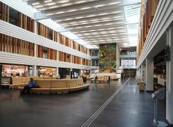 Новое здание Каролинского университетского госпиталя в Стокгольме