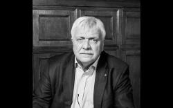 Умер Александр Кузьмин