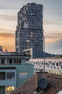 Башня Meret Oppenheim