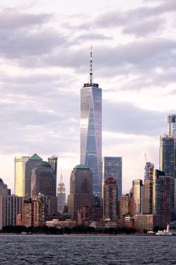 Башня 1 («Башня Свободы») Всемирного торгового центра в Нью-Йорке. 2014