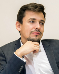 Антон Яр-Скрбин, «Студия 44»