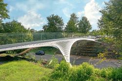 Пешеходный мост компании TRUMPF