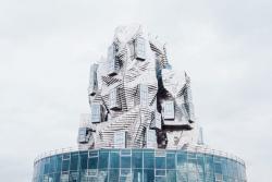 В Арле откроют культурный центр Luma Arles — его архитектор вдохновлялся картиной Ван Гога
