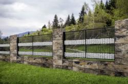 Zabor modern представляет бетонные блоки нового качества для солидных заборов