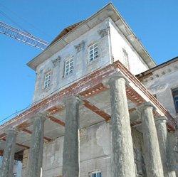 Памятник со скидкой. Исторические здания решили спасать, предоставляя налоговые льготы их собственникам