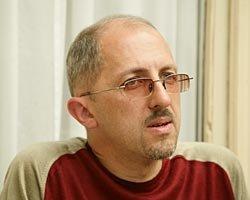 «Мне никогда не хотелось писать путеводитель». Эссеист Рустам Рахматуллин в интервью «Газете»