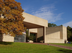 Центр искусств Пола Меллона