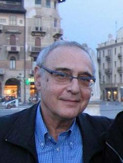Elia Zenghelis