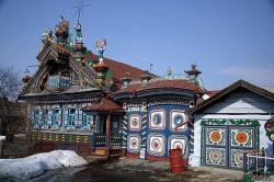 Разнотравье и разноцветье (дом Кирилова в деревне Кунары)