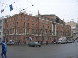 Исчезающий Невский. Еще один дом на главной магистрали Петербурга может исчезнуть. Под угрозой сноса оказался Дом литераторов