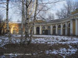 Бюрократы разрушают архитектурный шедевр