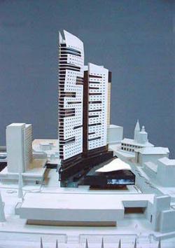 В Саратове в моде гигантомания: если «Белая башня» на Набережной будет построена, древний памятник Троицкий собор и Соборная площадь на ее фоне просто потеряются