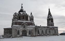 Церковь в селе Троицкое, Каменский район