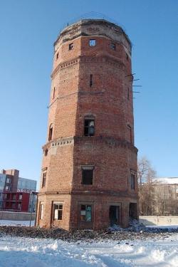 В Тольятти начался окончательный снос водонапорной башни