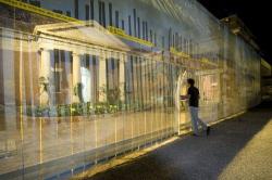 Павильон США, XI Венецианская архитектурная биеннале, 2008 г. 60-мильный участок Сан-Диего(США)-Тихуана(Мексика) Архитектор Тэдди Круз   Фото © Ryan Reitbauer/Duggal Visual Solutions