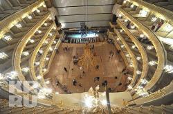 В Большом театре повесят люстру весом 2,3 тонны