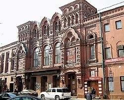В Театре имени Маяковского началась большая перестройка