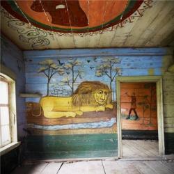 Огнегривый лев из Поповки. Старообрядческая изба с росписями в деревне под Хвалынском сохранилась до наших дней не иначе как чудом