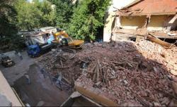 Снос в Большом Козихинском закончили массовой дракой. Защитники архитектуры намерены требовать возбуждения уголовных дел за уничтожение доходного дома