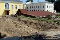 Раскоп палат 14 века в Новгородском кремле