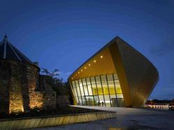 Центр изобразительных искусств firstsite