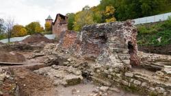 Остатки Зачатьевской башни могут исчезнуть. На руинах части Нижегородского кремля собираются строить новодел