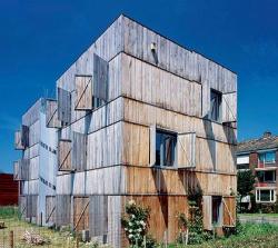 Студия Сейферта в Маастрихте выглядит как громадный ящик для садовой рассады, а между тем внутри её комфортное пространство для жилья и работы