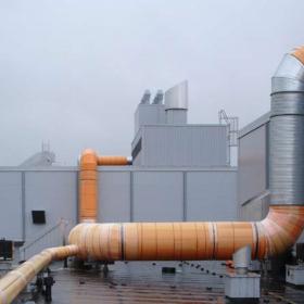 Активно развивающимся направлением является применение материала ПЕНОПЛЭКС® для теплоизоляции трубопроводов, теплотрасс, инженерных коммуникаций