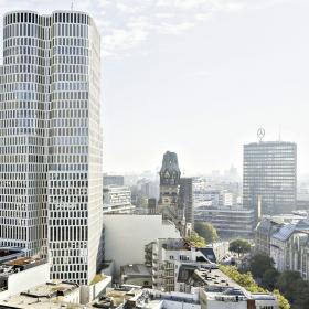 Дизайнерский отель MotelOne открыл двери Hörmann в масштабном небоскребе Berlin Upper West