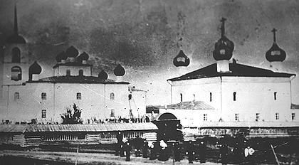 Ансамбль Троицкого погоста. Фото начала XX века.