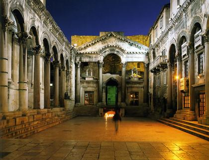 Сплит. Перистиль дворца Диоклетиана
