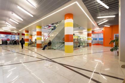 Интерьеры торгового центра «Маяк» в Дубне