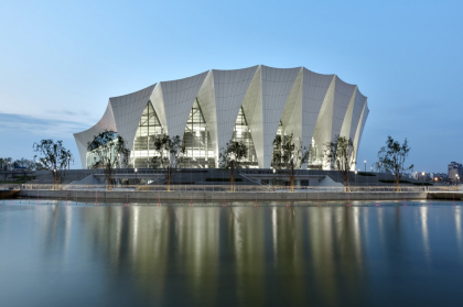 Победители премии 2013 года. Shanghai Oriental Sports Center in Shanghai, China Architects: gmp - von Gerkan, Marg and Partners with Shanghai Institute of Architectural Design & Research and Tongji Design Institute © Marcus Bredt