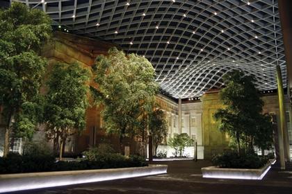 Смитсоновский музей – внутренний двор