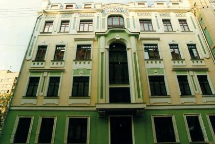Реконструкция жилого дома в Мерзляковском пер.