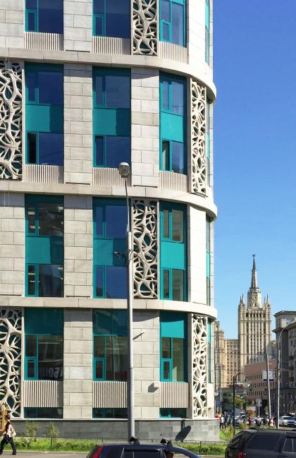 Архитектурное решение фасадов клинико-диагностического центра МЕДСИ