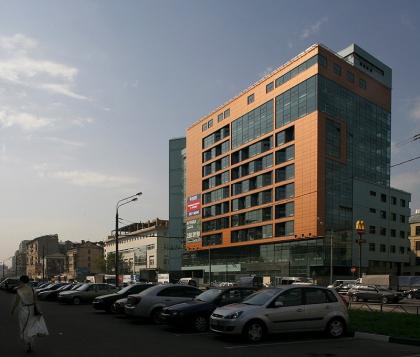 Торгово-коммерческий комплекс  «Диагональ-хаус» на Бутырской улице