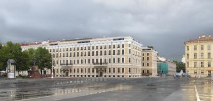 Гостиничный комплекс на ул. Глинки