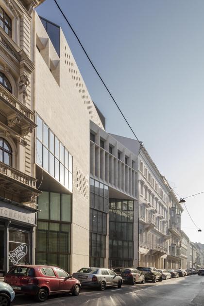 Кампус Центральноевропейского университета – реконструкция