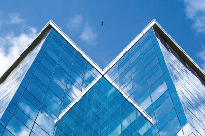ГК «АЛЮТЕХ» предлагает новое решение для комфортабельного обустройства балконов и террас
