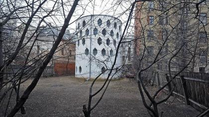 Дом Мельникова проверят на прочность
